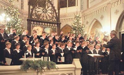 Fröhliche Volkslieder werden am 2. Juni 2013 in der Weißeritztalbahn zu hören sein, angestimmt vom Dresdner Kreuzchor. Foto: dapd